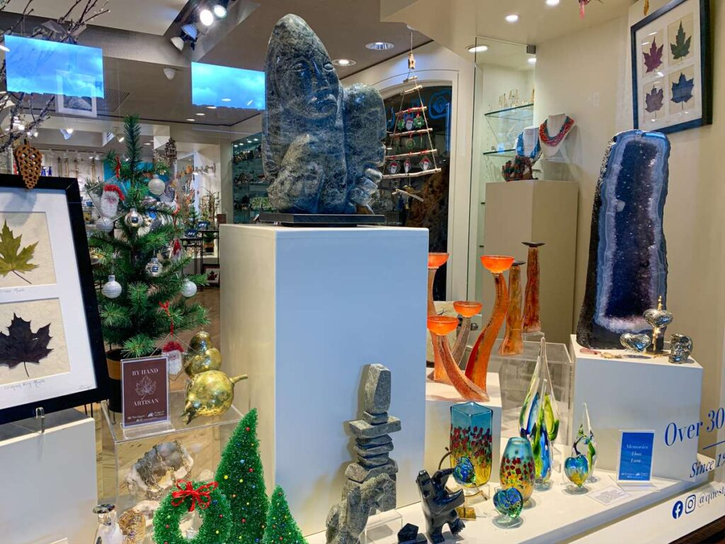 Buy the perfect souvenir for your trip to Banff at one of the many retail stores at the Banff Springs Hotel