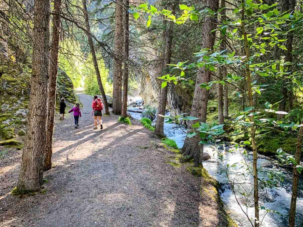 hiking Sundance Canyon Trail with kids