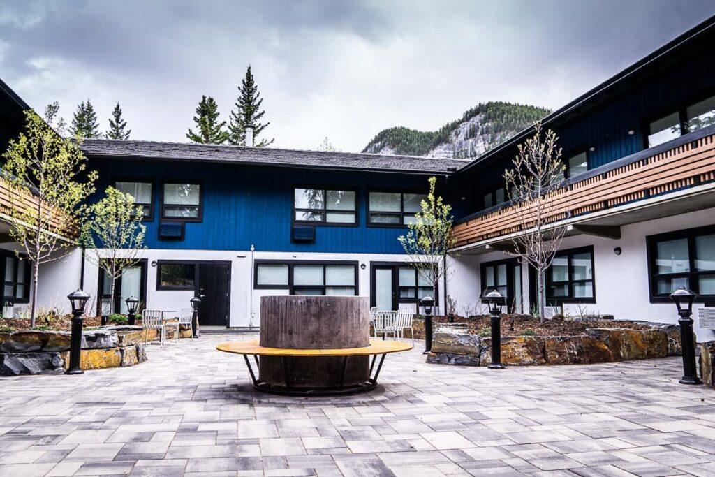 Inner courtyard at Dorothy motel banff canada