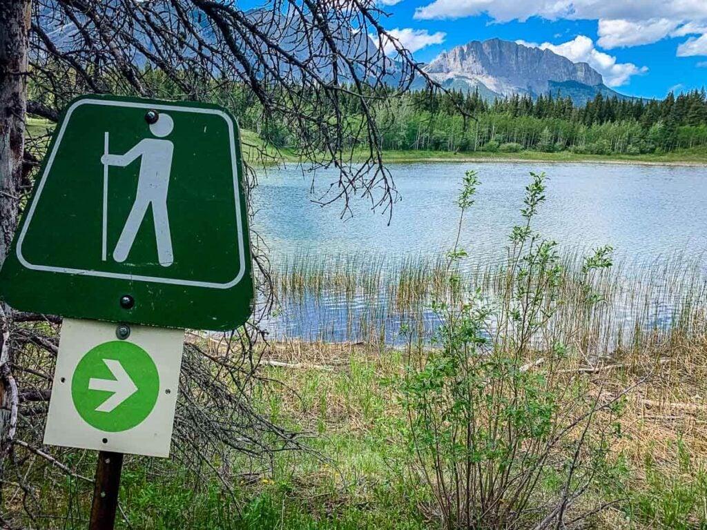 trail marker along Middle Lake trail in Kananaskis