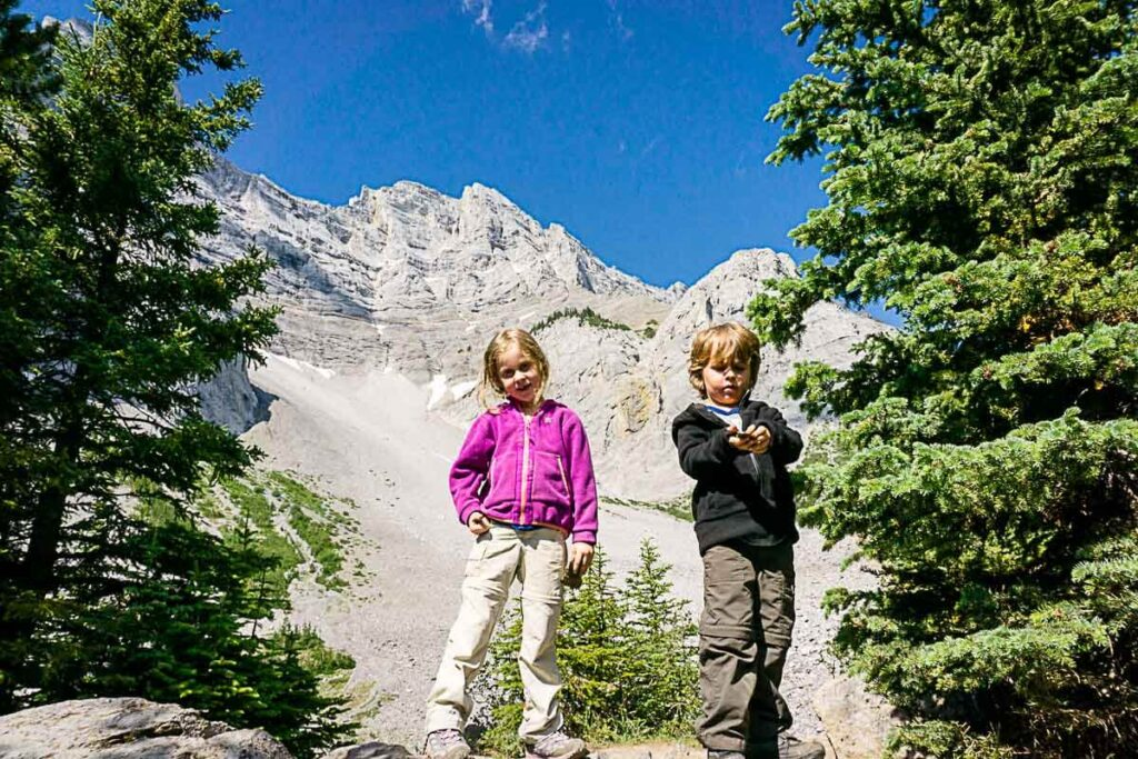 C Level Cirque hike with Kids