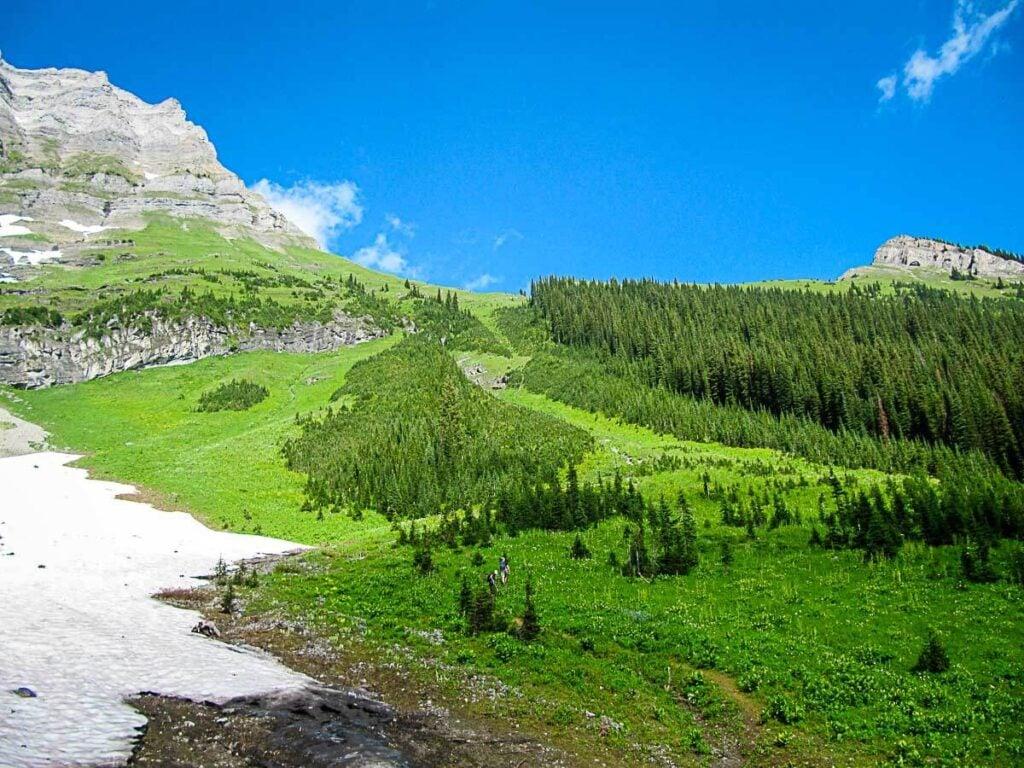 Hike to Sarrail Ridge via Rawson Lake hike