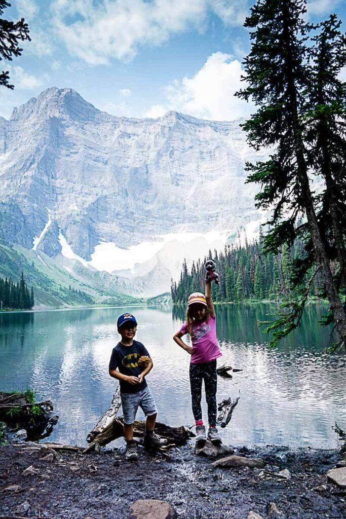 Hiking Rawson Lake with Kids