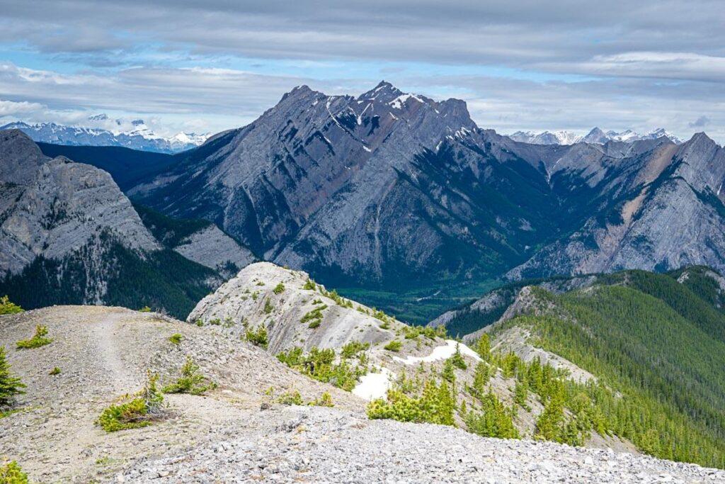 Hiking Wasootch Ridge in June
