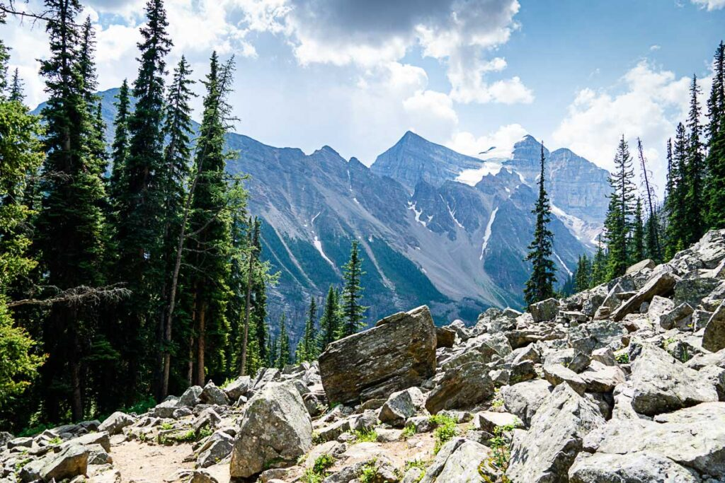 Mountain Views on Lake Agnes Tea House Hike Banff