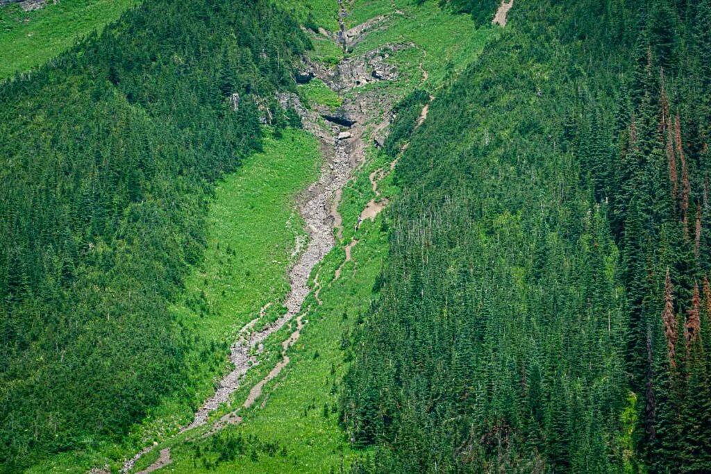 Close up of steep Sarrail Ridge hike