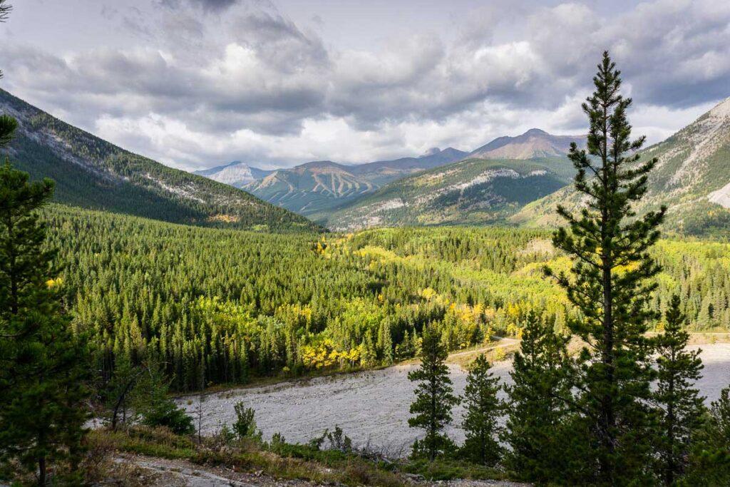 Mountain views from Wasootch Ridge trail Kananaskis