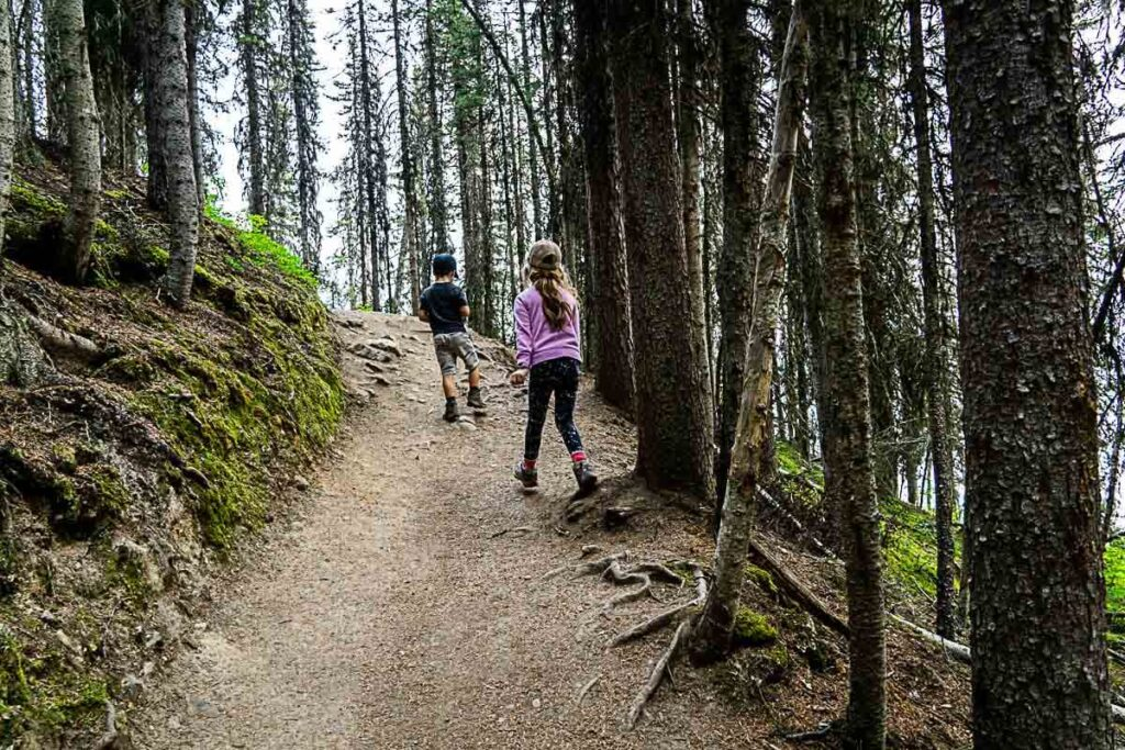 hiking boots for Rawson Lake trail conditions