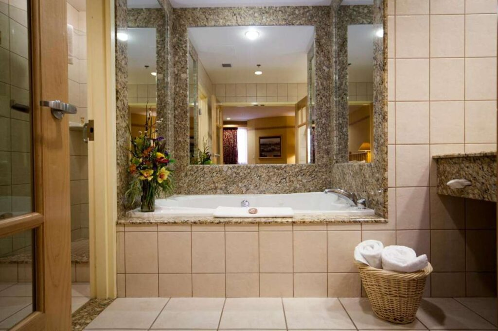 banff accommodations with private hot tub - Brewster's Mountain Lodge