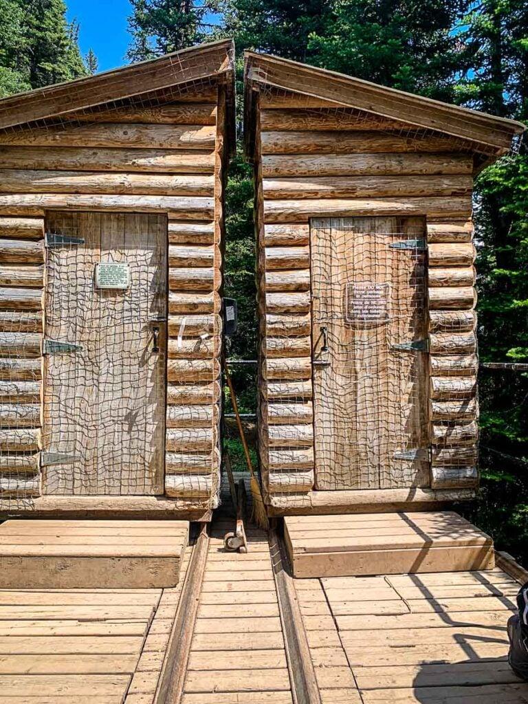 toilets at Lake Agnes teahouse