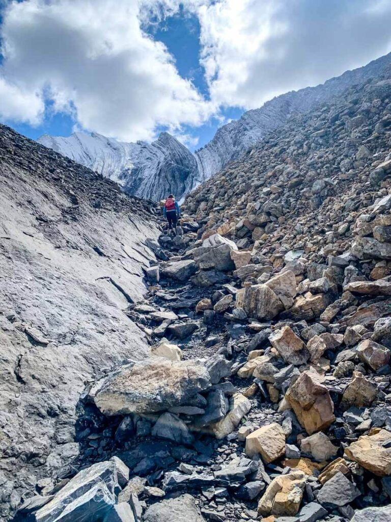 The Arethusa Cirque hike has a few small scramble elements, but overall it is an easy Kananaskis hike