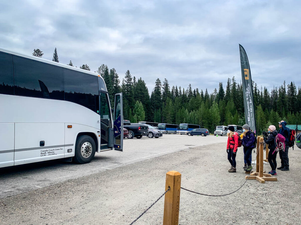 Moraine Lake Shuttle at Park and Ride