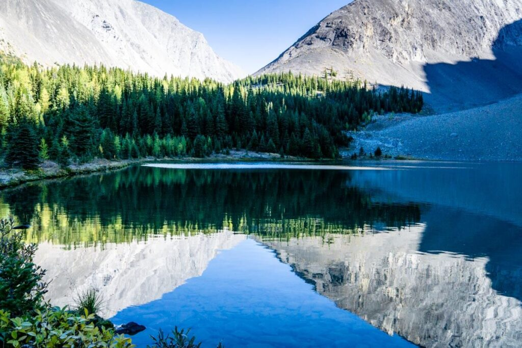 Mountain reflections on Kananaskis Lake - Rummel Lake