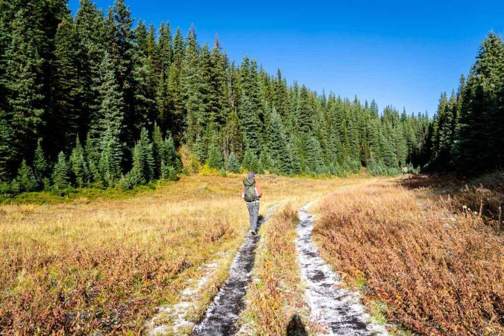 best Kananaskis hikes in fall