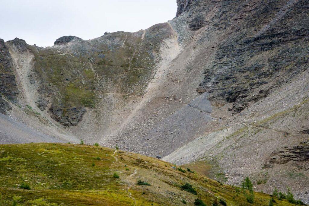 sentinel pass via larch valley trail