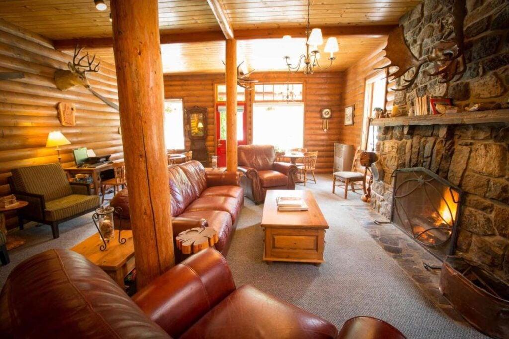 Lake Louise cabins