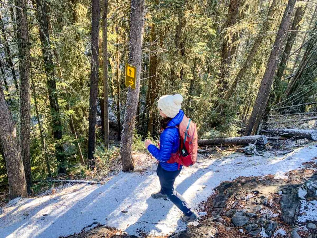 woman hiking Stoney Lookout in Banff in October
